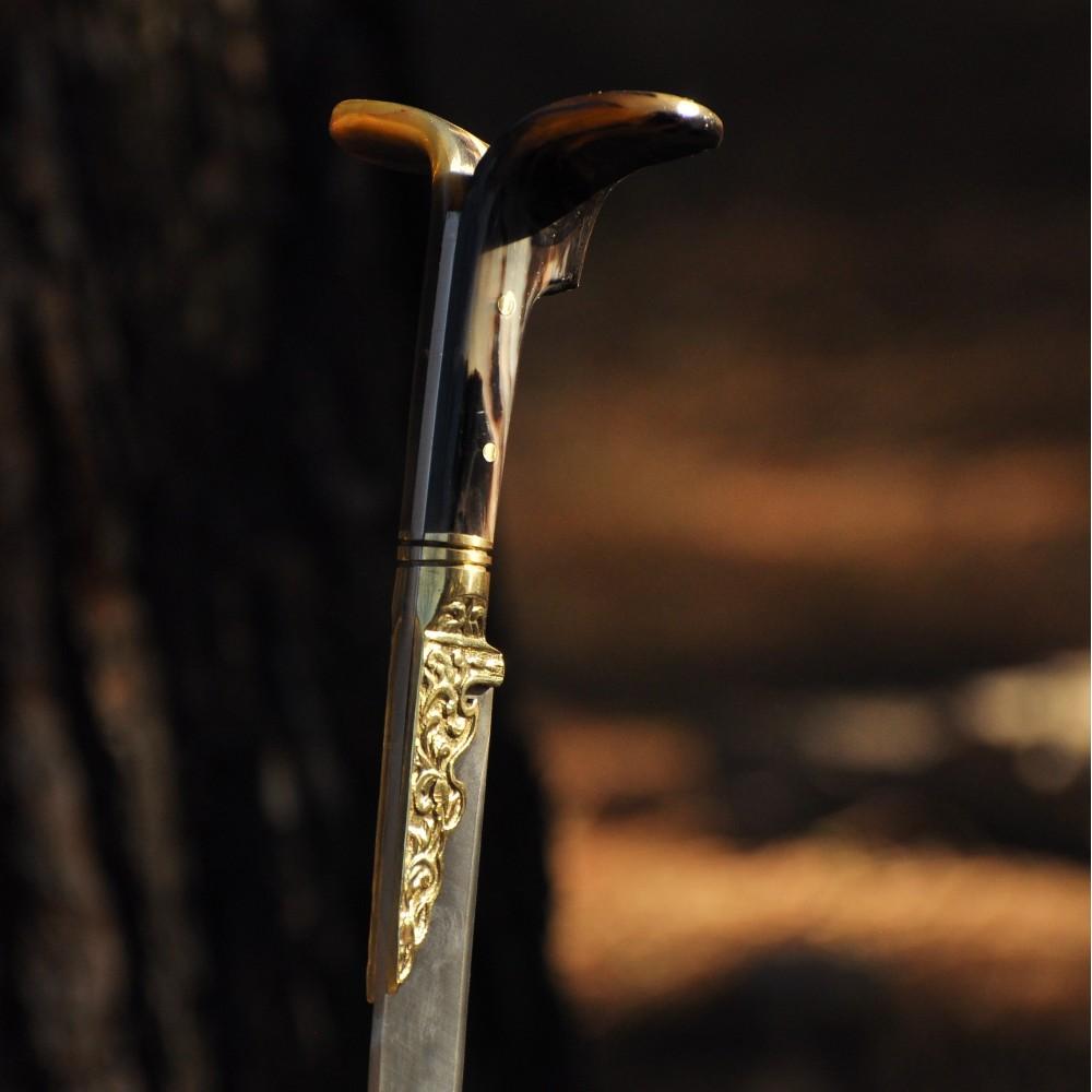 Koç Boynuzu Yatağan Kılıcı