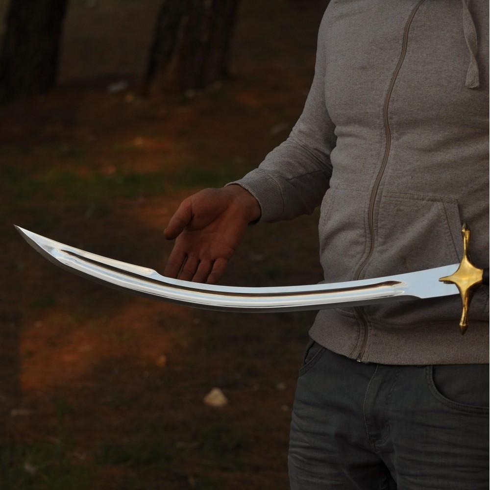 Yalmanlı Kılıç